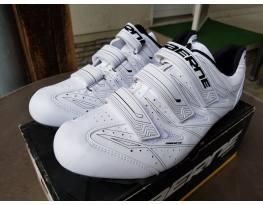 Új Gaerne 47-es mtb cipő - postázom is