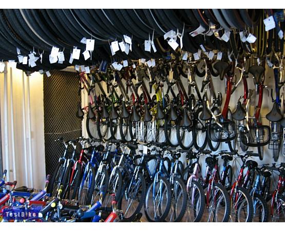 Hajtány Kerékpár kerékpárbolt