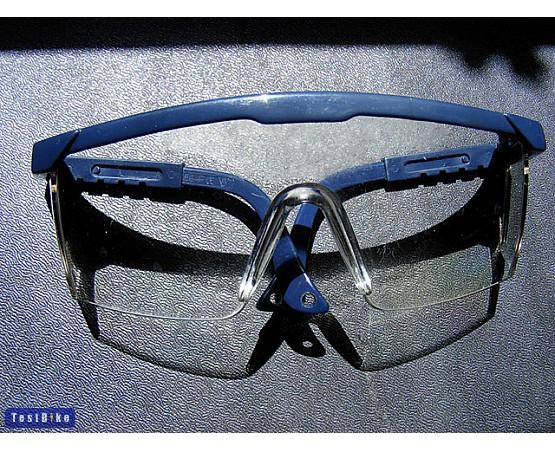 Teszt  Klasszikus védőszemüveg termék   vásárlás fde1644347