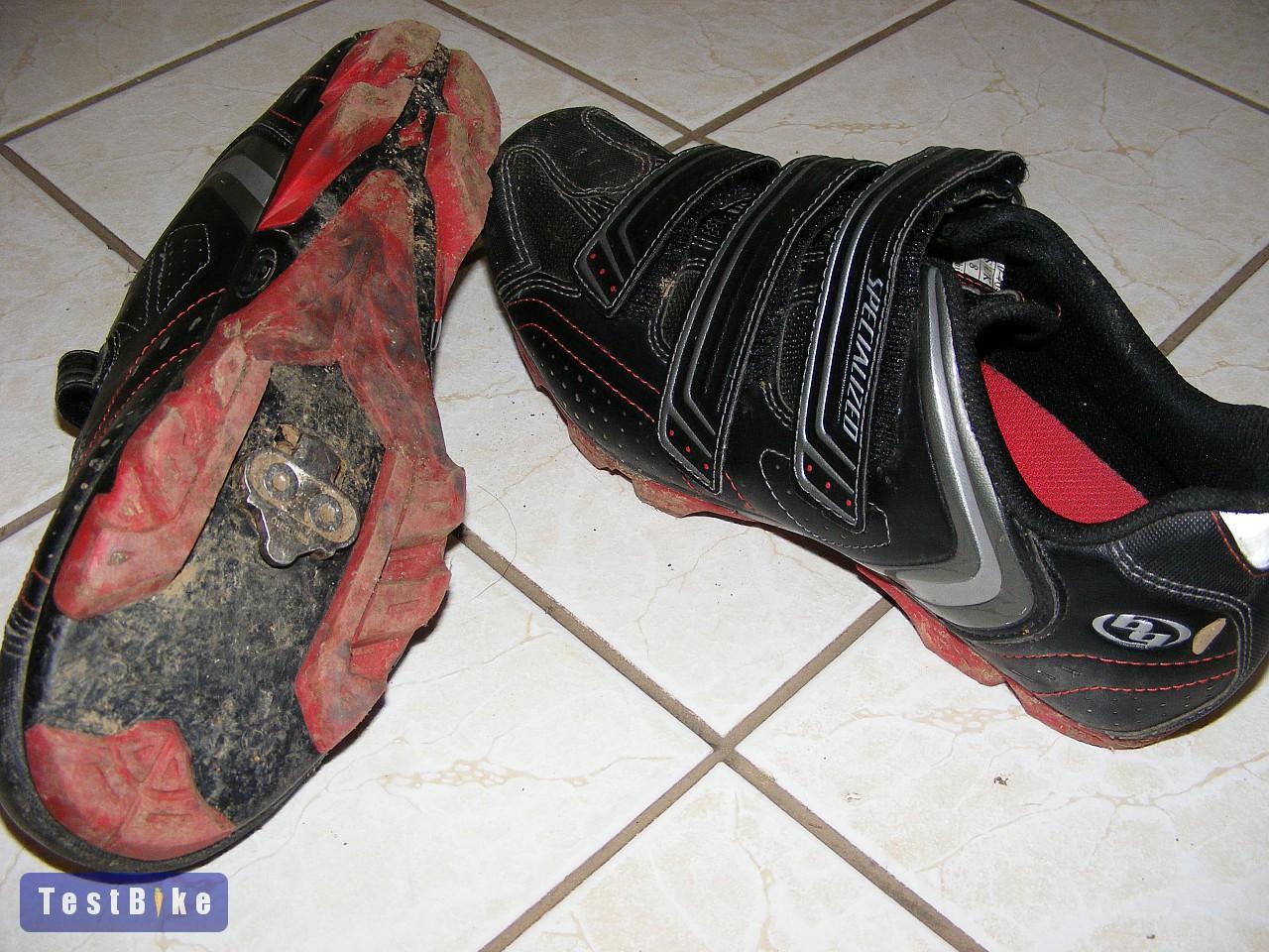 05f191161d Specialized Sport MTB 2010 kerékpáros cipő. Bocs a rajta lévő koszért:)